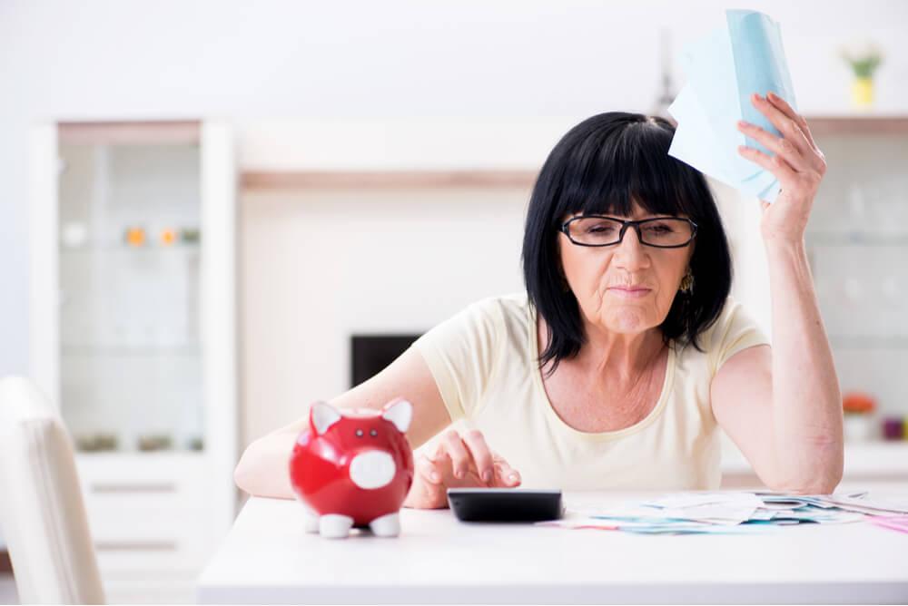 Eläkeläinen pohtii lainaa